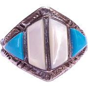 SALE Stunning Native American Mother of Pearl Turquoise Ring Size 10 1/4