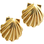 SALE 14k Yellow Gold Scallop Shell Clam Earrings Pierced Style