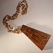 Sarah Coventry Wooden Necklace
