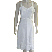 Vintage 1960's Lady Lynne White Full Slip With Applique