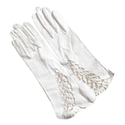 REDUCED Vintage Never Worn White Leather Gloves With Open Work Design
