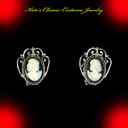 Whiting and Davis Iridescent Glass Cameo Earrings – Book Piece – 1976/77