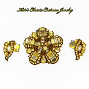 Signed Hollycraft 1955 Aurora Borealis Rhinestone 'STAR' Demi -- Brooch and Earrings