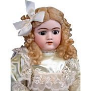 "SALE *Exceptional Face* Handwerck 109 Antique Doll 25"" with Beautiful Marked Cryer Body"