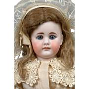 """Darling 13"""" Bahr & Proschild 309 Antique Closed Mouth Girl"""