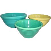 FREE SHIPPING - 3 Vintage Colorful BAUER Nesting Pottery Ribbed Mixing Bowls