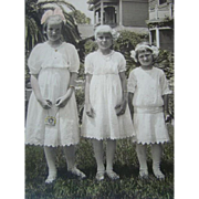 1915 Antique PHOTOGRAPH, 3 Little Girls, WHITE DRESSES, Tinted