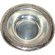 Beautiful LUNT Sterling Silver Bowl, BELVEDERE Pattern, Pierced Floral Edge