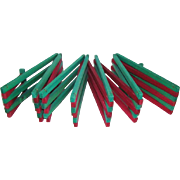Vintage Red & Green Hinged Wood EXPANDING / Folding CHRISTMAS TREE FENCE