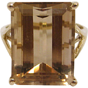 10K Gold  Emerald Cut Citrine Cocktail Ring