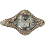 Art Deco Filagree 18K Gold Aquamarine Ring