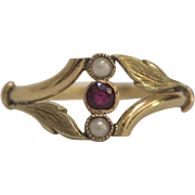 Victorian 14K Gold Ring with Ruby and Pearls