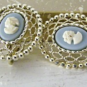 SALE Sarah Coventry Cameo Lace clip Earrings
