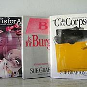 SALE A Alibi / B Burglar / C  Corpse  Kinsey Millhone Mysteries