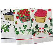 SALE Three MINT Vintage Tea Towels Berries by Lillian Vernon 1984
