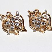 SALE 1950s Clear Rhinestone & Goldtone Screwback Earrings
