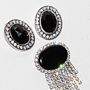 SALE 1950/60s Faux Onyx & Rhinestone Earrings/Pin Set