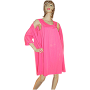 SALE 1960s Lorraine 2-Pc Hot Pink Nylon Nightgown & Robe