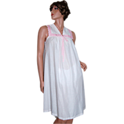 SALE 1970/80s Komar ~ Pink Polka Dot & Embroidery Nightgown