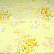 SALE 1960s Springmaid ~ Yellow Rose Bouquet Standard Pillowcase