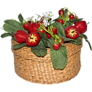 SALE Charming Woven Country Basket w/ Strawberry Patch Lid