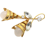 SALE Vintage Juliana (D&E) Book Piece Faux Opal Ovals & Cornucopia Flower Brooch