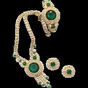 Vintage Juliana (D&E) Book Piece Jade Green Dentelles & Clear Rhinestone Parure