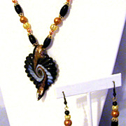 SALE Copper Glass Pearls Glass Lampwork Leaf Pendant Gold Plated Necklace Set