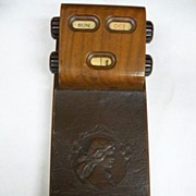 Vintage Wooden Perpetual Desk Calendar with Notepad