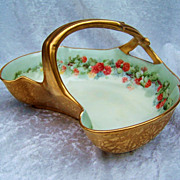 """Attractive Vintage T & V Limoges France 1900's Hand Painted """"Red Currant"""" 9"""" Gi"""