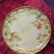 "Attractive Haviland, France Vintage HP D'Arcy's Studio ""Red Currant"" 8-5/8"" Pla"