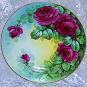 """Beautiful Bavaria 1900's Hand Painted Vibrant """"Deep Red Roses"""" 8-1/2"""" Plate by"""