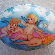 "Gorgeous ""Three Cherubs Frolicking in the Clouds"" Hand Painted 7-1/2"" Dresser C"