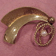 "SALE ""Art Deco"" Design Brooch with Cultured Pearl - 10K GF"