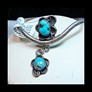 Turquoise and Sterling Silver Narrow Curved Cuff Bracelet with Turquoise