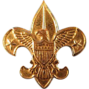 SALE 1911 Gold Tone Metal Boy Scout Pin