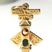 Vintage 14K Stoplight at Intersection of Hollywood and Vine Charm with Moveable Arm