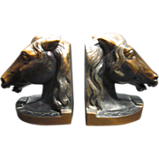 Beautiful Horse Head with Lucky Horseshoe Bookends Horse Bookends
