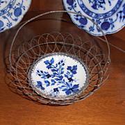 Wire Basket w Flow Blue Bowl
