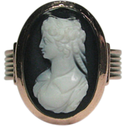 REDUCED Antique Victorian 10K Rose Gold Hardstone Agate Cameo Ring