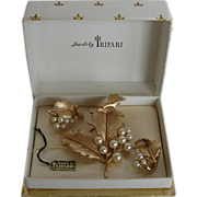 Crown Trifari Brushed Gold-tone Leaf Pin and Earrings in Original Box with Tag