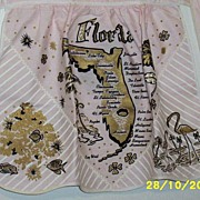 Vintage Pink Florida Half Apron..Metallic Gold Print..Scalloped Hem..Never Worn