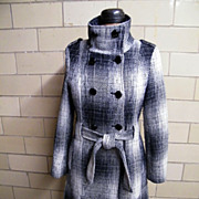 SALE Calvin Klein Gray & Off White Short Shadow Plaid Wool Blend Coat With Box Pleats ...
