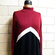 Nina Leonard Long Knit Color Blocked Dress..Turtle Neck..Wool / Acrylic..Wine / White / Black.
