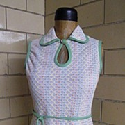 Leslie Fay Sleeveless Cool Crochet Popcorn Knit With White Ground & Lite Orange, Mint Green, &