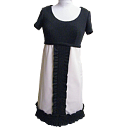 Peck & Peck Black / White Polyester Double Knit Dress 1960's..Cute & Sophicated!! Size 8..NWT