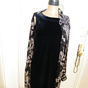 Designer Dress..Victor Costa Occasion..Black Velvet Straight Dress..Size M..Excellent Conditio