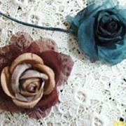 Vintage Petite Roses