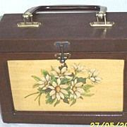 Vintage.. Wood Lunch Box Shaped Purse With Daisy Spray Decoupage..Brown Pearlized Lucite Handl