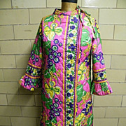 SALE 1960's..Quilted Robe Of Psychedelic Print..Junior 11 / 12..Made In USA..Excellent Conditi